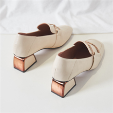 New Spring and Autumn Mid-heel New Spring and Autumn Shoes for Women with Rough-heeled Single Shoes