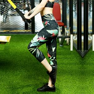 欧美女运动瑜伽裤健身裤锻炼跑步运动裤紧身印花七分中长裤