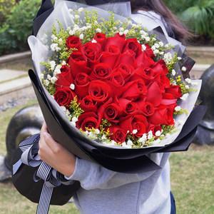 衡阳市同城<span class=H>鲜花</span>速递11朵33朵红玫瑰花束礼盒生日礼物花店送花上门