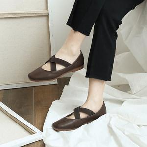 【<span class=H>现货</span>】韩国百搭交叉带PU方头小单鞋  大码<span class=H>女鞋</span>X
