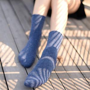 秋冬季加厚兔羊毛<span class=H>袜子</span>女学院风短袜冬保暖可爱<span class=H>袜子</span>堆堆袜中筒袜 D