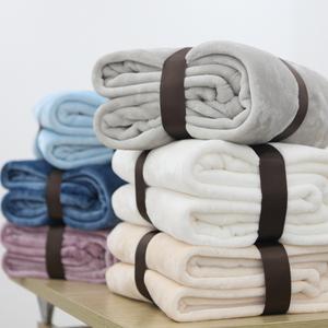 冬季加厚纯色单人珊瑚绒小毛毯空调毯<span class=H>毛巾被</span>法兰绒瑜伽盖毯午睡毯