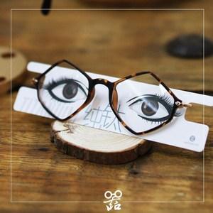 <span class=H>眼镜</span>道具真<span class=H>眼镜</span>卡片框架<span class=H>眼镜</span>展示<span class=H>眼镜</span>拍摄道具<span class=H>眼镜</span>店装饰