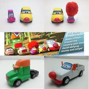 正版美泰赛车汽车总动员玩具车合金<span class=H>车模</span>白色皮卡马戏团小丑红鼻子