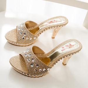 欧美高跟水钻女凉<span class=H>拖鞋</span>2018新款防滑中跟细跟凉鞋夏季性感一字托鞋