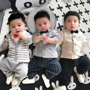 女婴儿连体<span class=H>衣服</span>男宝宝网红秋季0套装3秋装6个月1岁新生儿满月秋冬