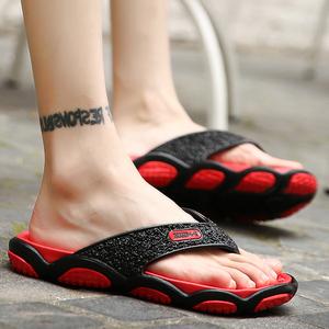 夏季潮鞋<span class=H>拖鞋</span>男士凉拖夹脚潮男鞋韩版防滑个性<span class=H>沙滩鞋</span>夏天人字<span class=H>拖鞋</span>