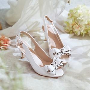 新款夏季鱼嘴凉鞋中跟漆皮蝴蝶结高跟鞋韩版细跟白色<span class=H>女鞋</span>子大小码