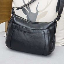 Women's Soft Leather Mom Pack Girl Pack Multilayer Slope Back Crescent Pack 2019 New Type Leather Simple Single Shoulder Slope Pack