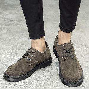 冬季<span class=H>反</span><span class=H>绒皮</span>圆头休闲皮鞋<span class=H>真皮</span>复古翻毛皮<span class=H>男鞋</span>磨砂低帮鞋子马丁靴潮