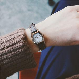 手表韩版女学生时尚潮流细<span class=H>表带</span>复古真皮带小表盘简约女气质石英表