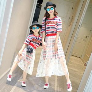 不一样的亲子装夏装一家三口四口<span class=H>母女装</span>抖音时尚网红洋气连衣裙子
