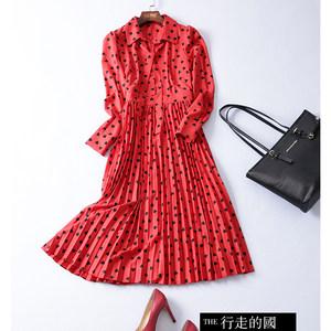 欧美大牌春装新款法国小众连衣裙过膝中长款爱心百褶红色雪纺裙冬