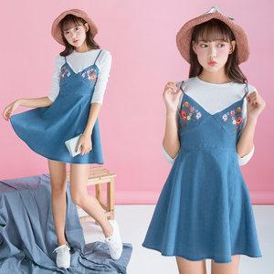 连衣裙女 2017秋装新款韩版修身显瘦针织拼吊带刺绣牛仔假两件套