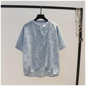 立体刺绣花朵薄棉<span class=H>衬衫</span>女韩版夏季新品立V领单排扣短袖宽松衬衣潮
