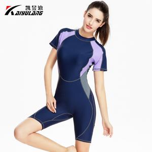 新款欧美女士平角专业泳衣连体遮肚显瘦五分裤学生运动保守泳装