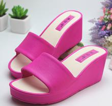 女士拖th夏室内浴室od滑居家高跟坡跟外穿夏季女式塑料凉拖鞋