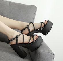 202tj夏季新品时gj跟女鞋厚底防水台粗跟真皮中空高跟露趾凉鞋