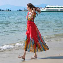 泰国连tu裙女巴厘岛no边度假沙滩裙2021新式波西米亚长裙超仙