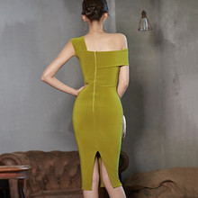 202vi夏季新式裙to显瘦斜肩夜店性感女装气质(小)礼服连衣裙春装