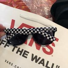 新品!viANS Stboli 4 正品 棋盘格镜腿情侣太阳眼镜 滑板墨镜包