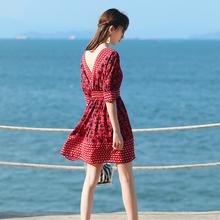 夏季女wa雪纺连衣裙ga假沙滩裙露背(小)个子短裙韩款教师中长裙