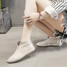 港风uwezzangng皮女鞋2020新式子短靴平底真皮高帮鞋女夏