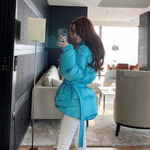 beawe熊熊屋收腰uo士面包服冬季2020新式轻薄短式羽绒服女外套