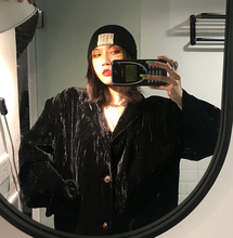UN wi计感vineee丝绒西服上衣复古港味春秋(小)西装外套女2021新式
