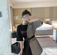 。短发女生适wk3的衣服气qw装裙子连衣裙时髦套装搭配个性潮