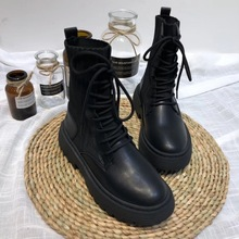 网红同款真皮马wm靴女202u8靴子帅气百搭袜子靴舒适平底短靴潮