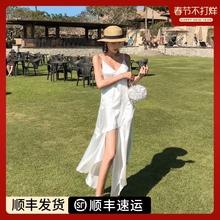 白色吊ya连衣裙20ki式女夏长裙超仙三亚沙滩裙海边旅游拍照度假