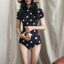 Vanyuiga复古hi女气质短袖显瘦遮肚度假温泉泳衣女