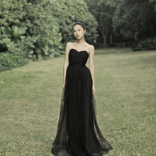 宴会晚zg服气质20yy式新娘抹胸长式演出服显瘦连衣裙黑色敬酒服