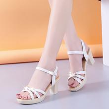 舒适凉zh女中跟粗跟hu021夏季新式一字扣带韩款女鞋妈妈高跟鞋